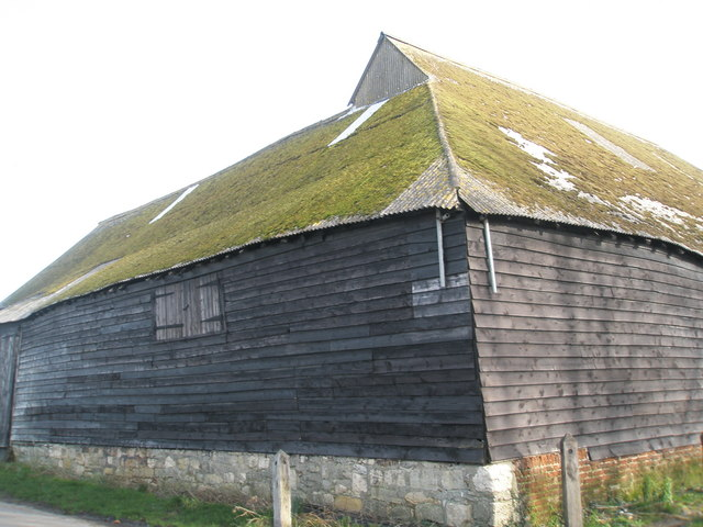 Lovely old barn near Warblington Church
