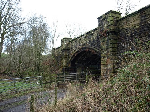 Disused railway bridge, Castle Semple