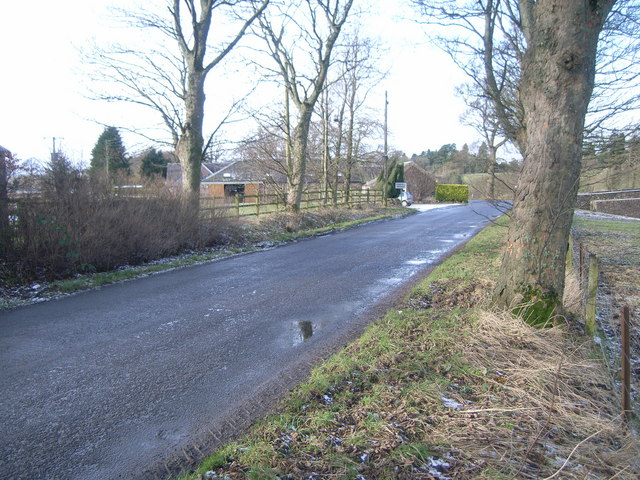 B8062 leading towards Kinkell Bridge