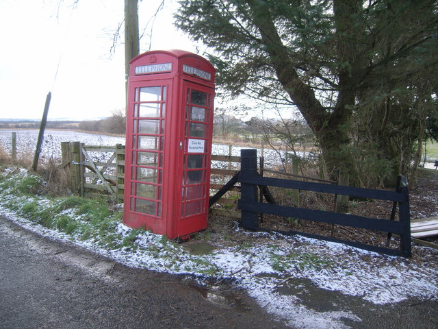 Kinkell Bridge Telephone Kiosk