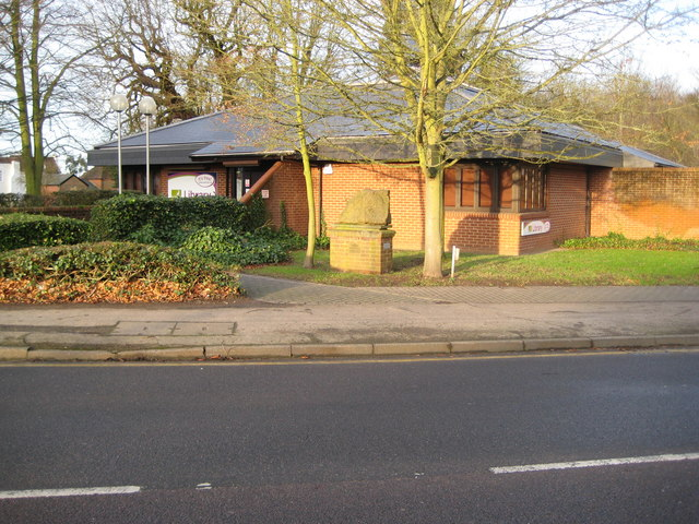 Abbots Langley Library & Hertfordshire pudding stone