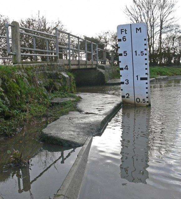 Footbridge across the ford