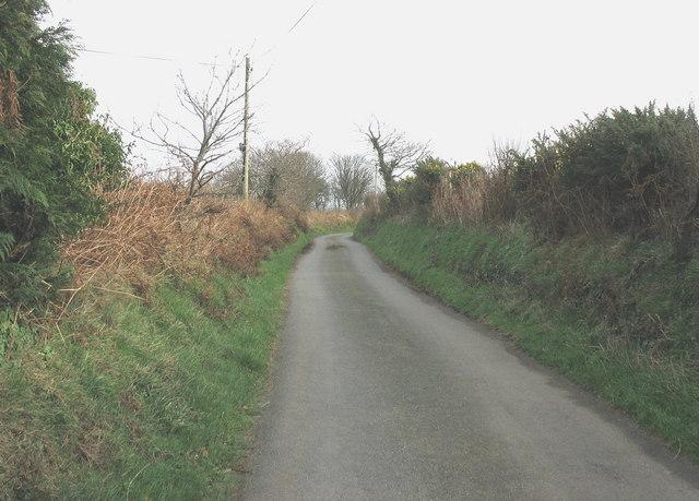 Sunken lane between Gate-wen and Mela