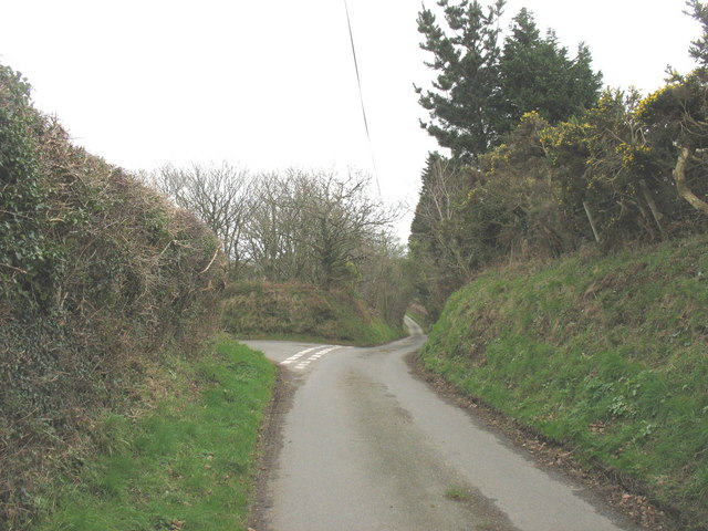 Road junction south of Mela Farm