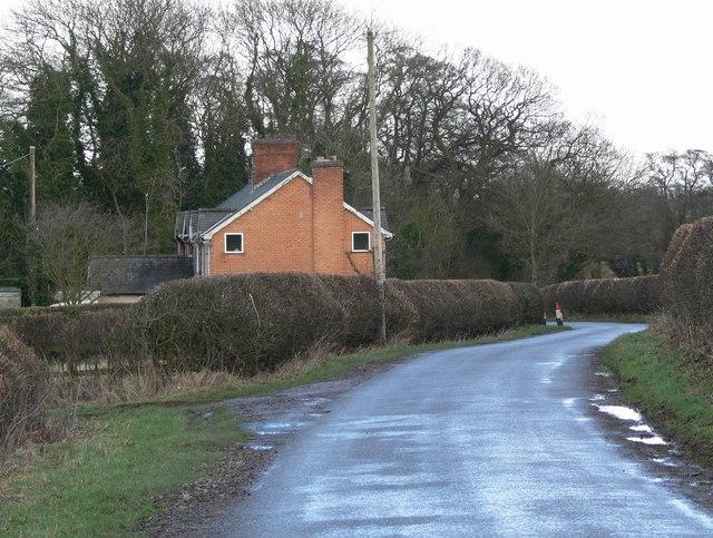 Riverside Cottages along Earl Shilton Road
