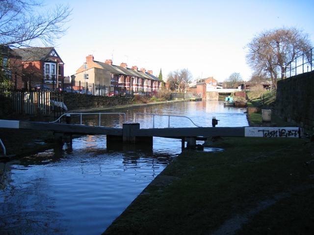 Canal basin and Williams Moorings