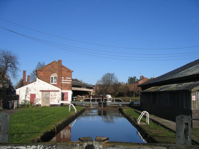 Lock between the Dee Basin and the Shropshire Union Canal
