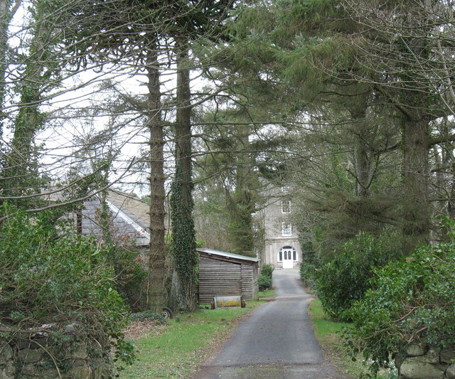 Driveway to the blocked gate passage at Bodvel Hall