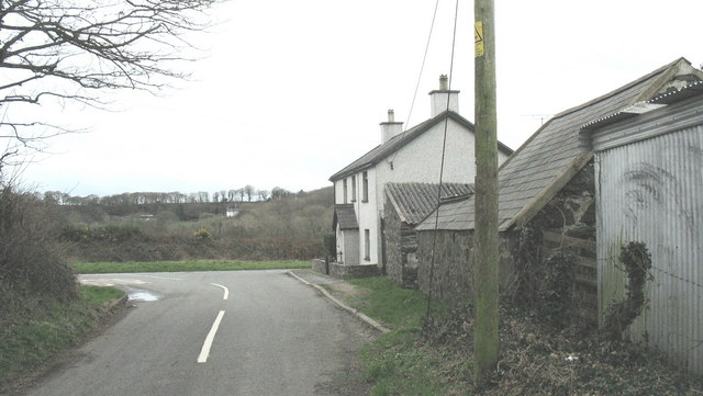 Gefail y Bont at the junction with the A497