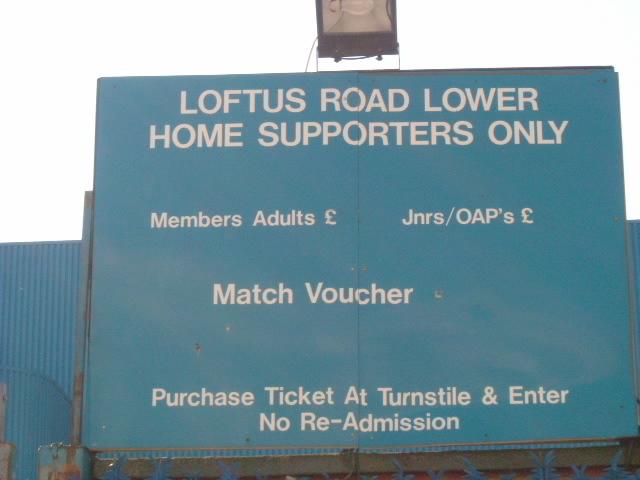 Queens Park Rangers Football Club, Loftus Road entrance