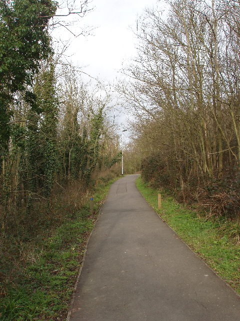 Cycle path and footpath on Horsenden Hill
