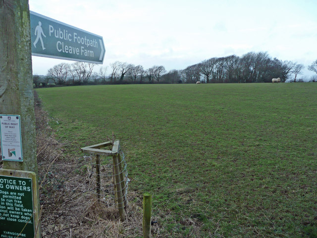 Footpath to Cleave Farm