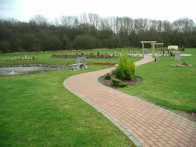 Sherwood Forest Crematorium memorial garden