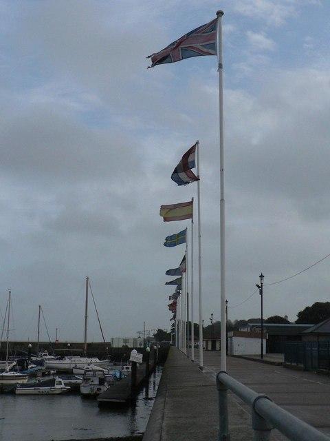 Ryde: international flags