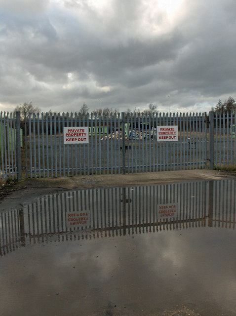 Vacant Site Entrance, Humber Road