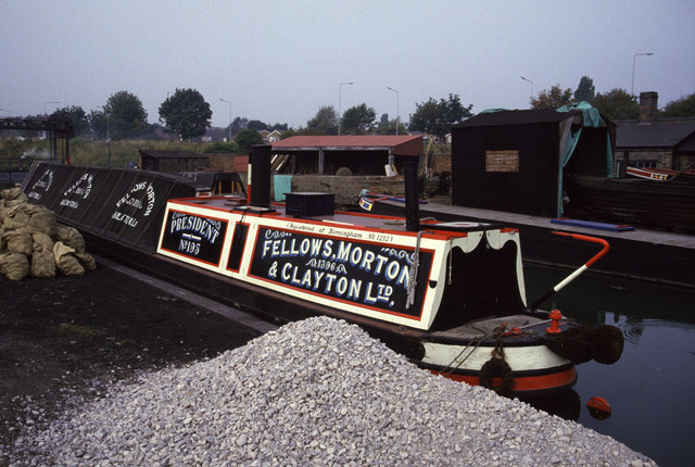 Steam narrowboat President