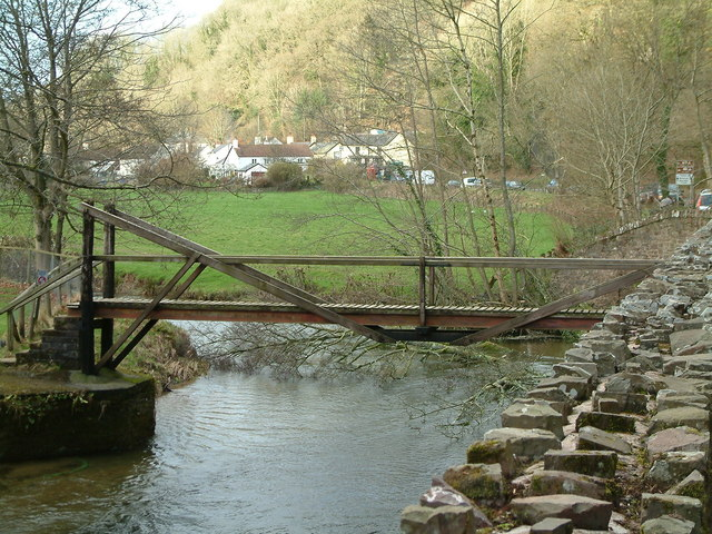 Footbridge over the River Exe