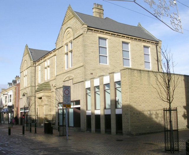 Public Library - Station Road