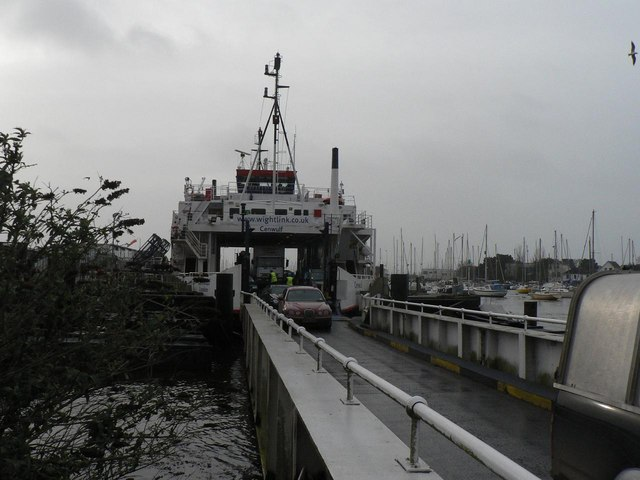 Lymington: vehicles disembarking