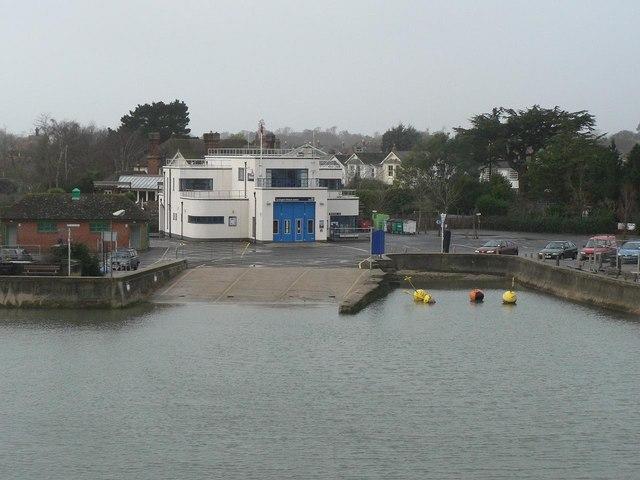 Lymington: lifeboat station