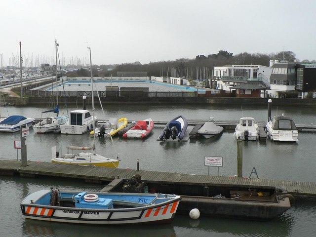Lymingon: Lymington Town Sailing Club