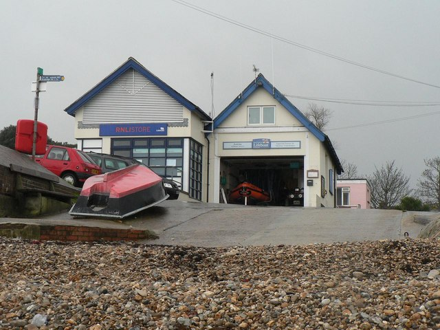 Bembridge: lifeboat station main building