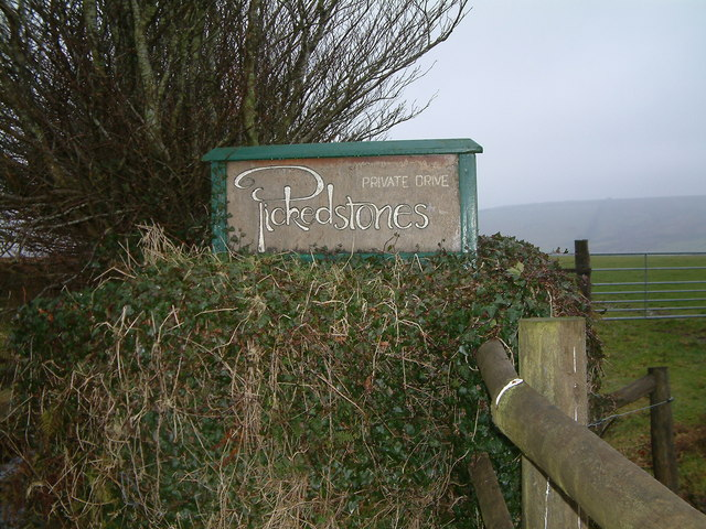 Sign at Pickedstones