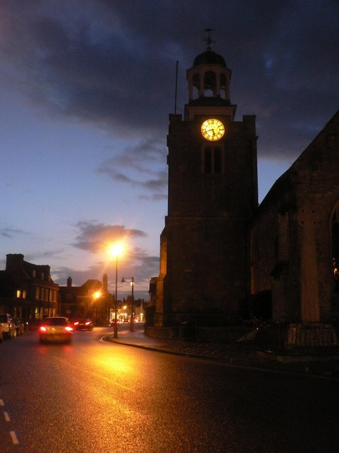 Lymington: St. Thomas at dusk