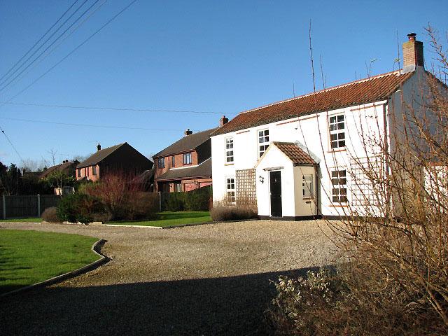 Houses in Chapel Road
