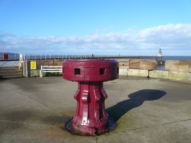 Whitby - West Pier Capstan