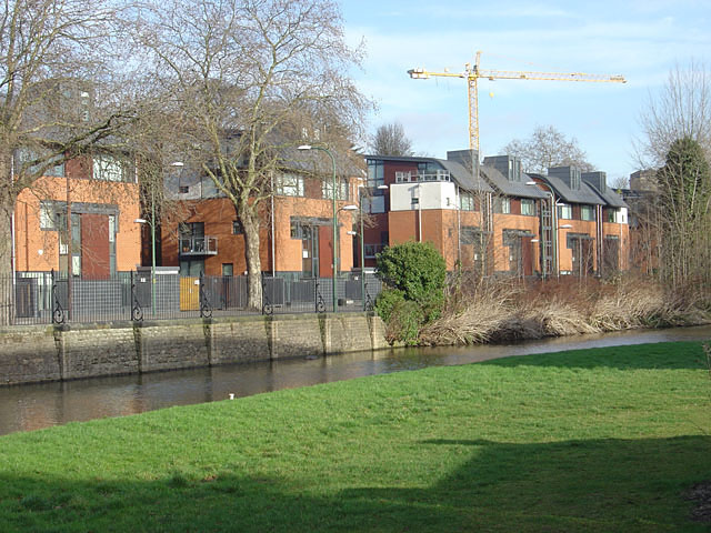 Alongside the Nottingham Canal