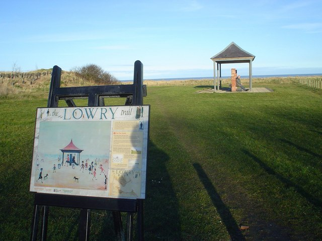Berwick-upon-Tweed, Lowry Trail shelter