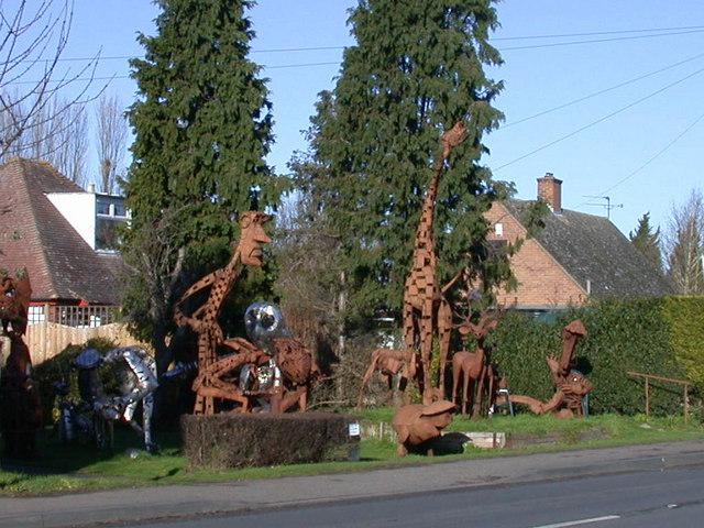 Tony Hillier's sculpture garden