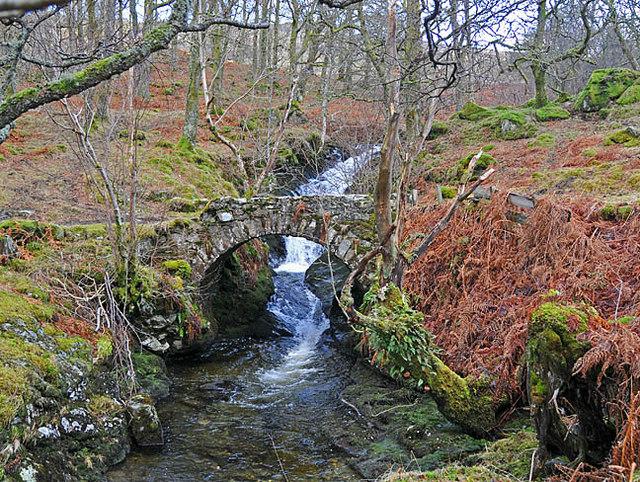 Old stone bridge over the Allt Shuas in Fin Glen