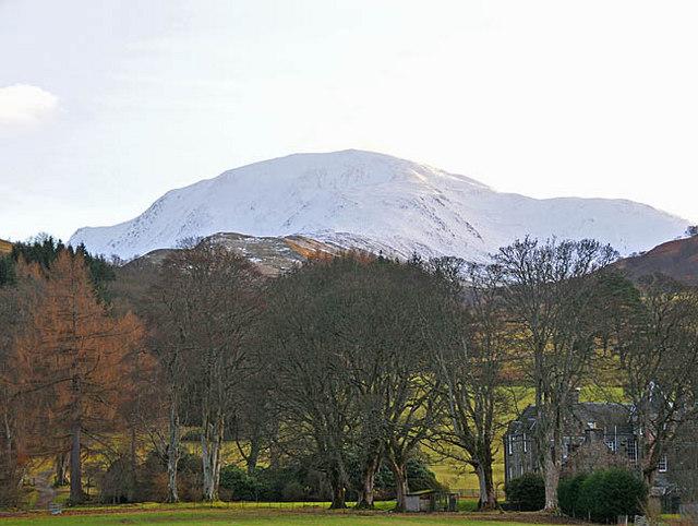 Ben Vorlich and Ardvorlich House from the South Loch Earn road