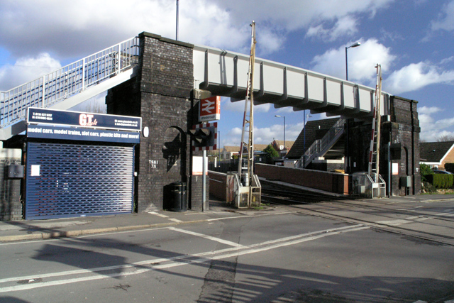 Attenborough Station and level crossing