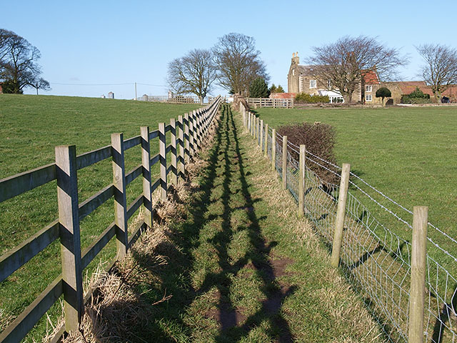 Footpath heading to Low Stanghow Road