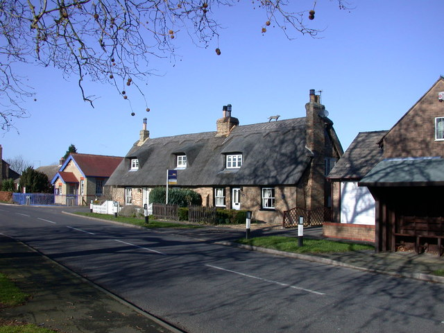 Thatched cottages, The Green