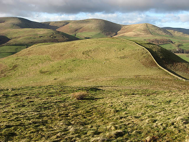 The col between Hog Hill and Loch Hill