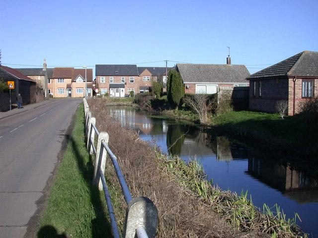 Pond beside Rampton Road