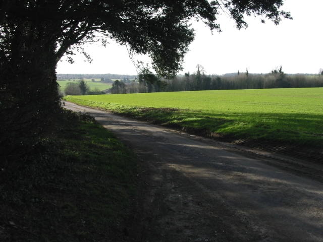 Looking S along Stoneheap Road
