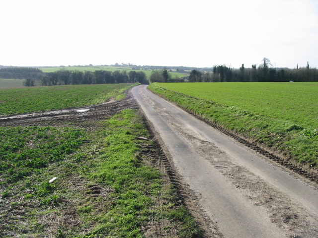 Stoneheap Road, looking due S