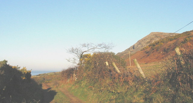 Track across the north-western slope of Mynydd Nefyn
