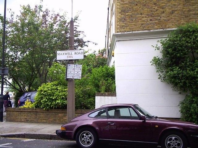 Maxwell Road, Fulham, SW6 - Porsche