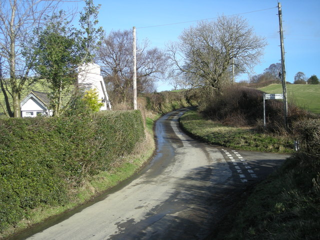 Lane junction at Dog & Duck Cottage