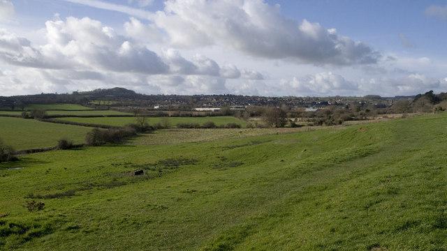 Lower Easthams Farm, junction of tracks