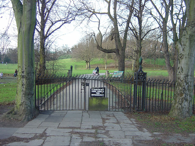 Highfields Park, west entrance