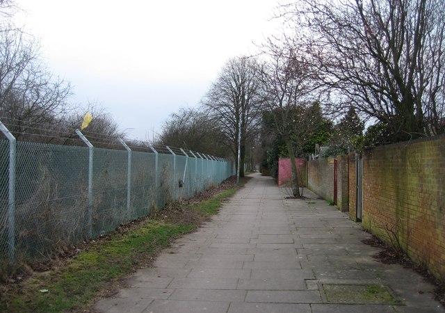 Cycle path behind Harlech Close