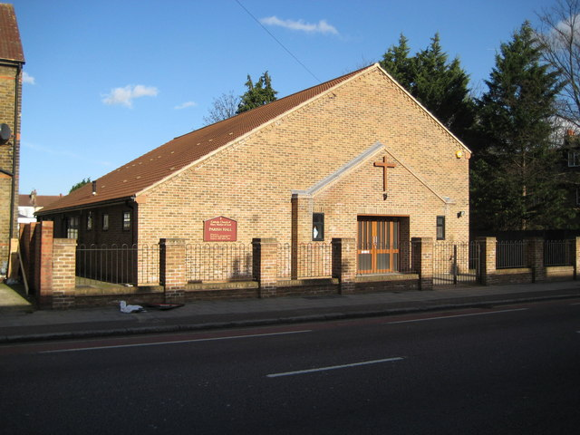 Ponders End: Roman Catholic Church of Mary, Mother of God