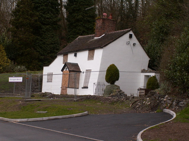 Cottage suffering from subsidence